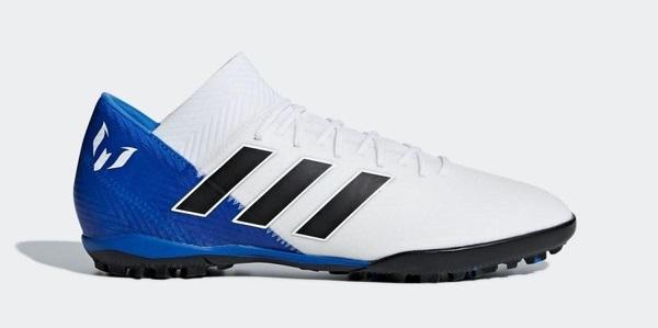 Giày đá bóng đa chức năng